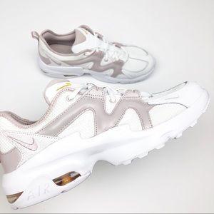 Nike Air Max Graviton Barely Rose Sneakers 11